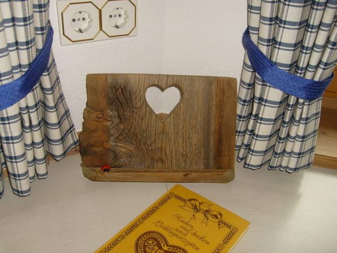 deko ideen aus altholz mischungsverh ltnis zement. Black Bedroom Furniture Sets. Home Design Ideas